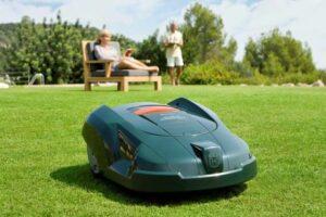 Bäst i test Robotgräsklippare 2021 - (5 modeller som gör jobbet åt dig)